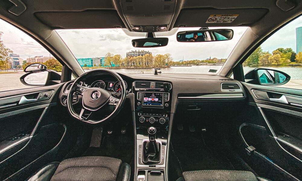 Autoskola - Ronalds Burnickis VW Golf 7
