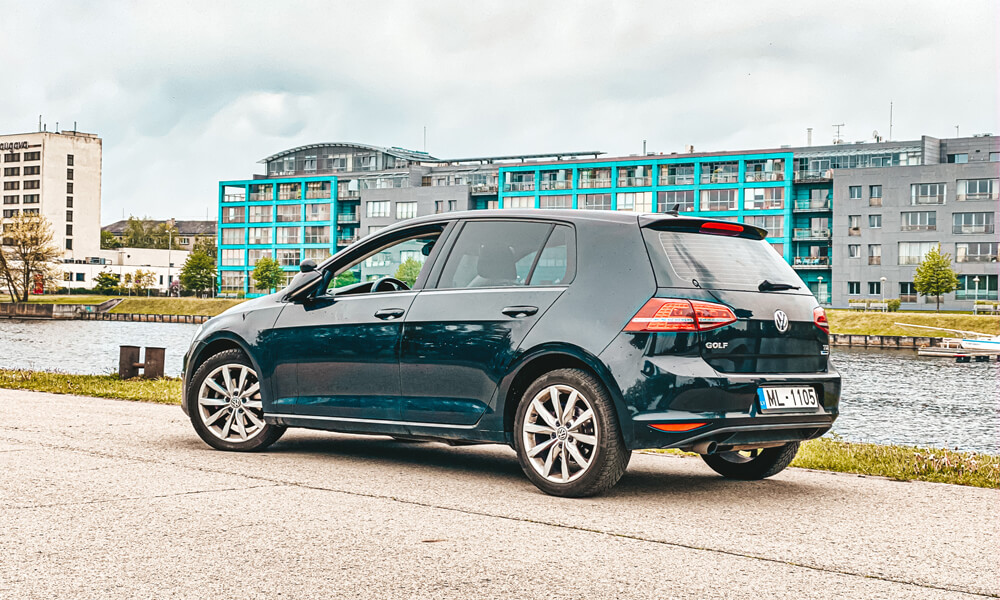 Autoskolas apmācība uz jaunā VW Golf VII